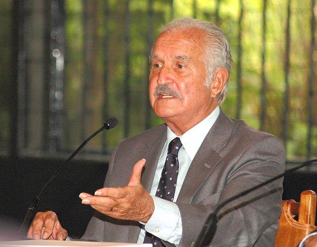 Publicarán dos libros inéditos de Carlos Fuentes