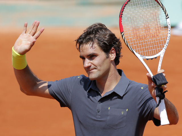 Federer iguala marca, Nalbandian eliminado