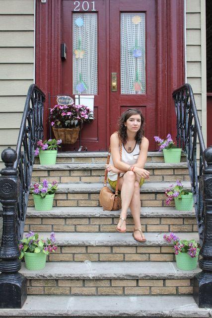 Mary Boca, vino como turista y se enamoró de la ciudad, donde se inspira para sus creaciones.