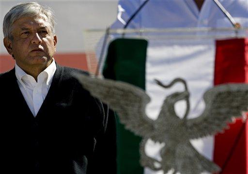 López Obrador se perfila como el principal contendiente del candidato del status quo, Enrique Peña Nieto.