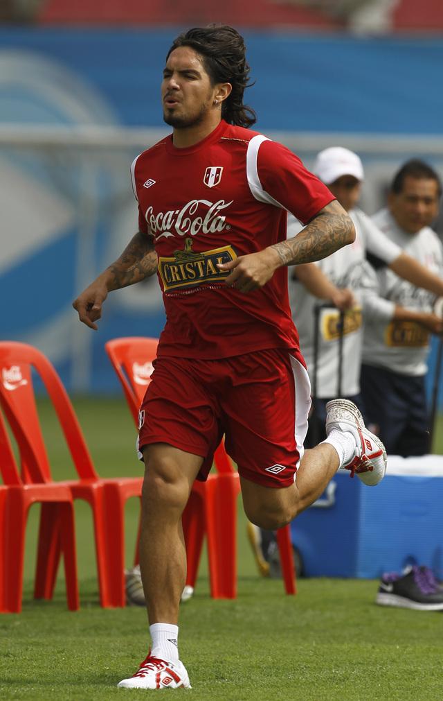 Perú confirma la ausencia de Vargas