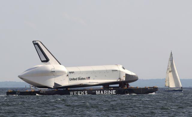 El Enterprise va camino a su nuevo hogar
