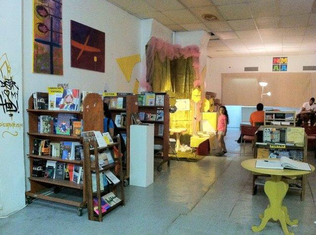 Librería lucha por sobrevivir en Alto Manhattan