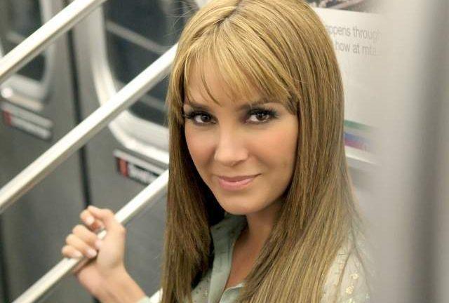 Elizabeth Gutiérrez le cierra la boca a los haters, con una gran sonrisa