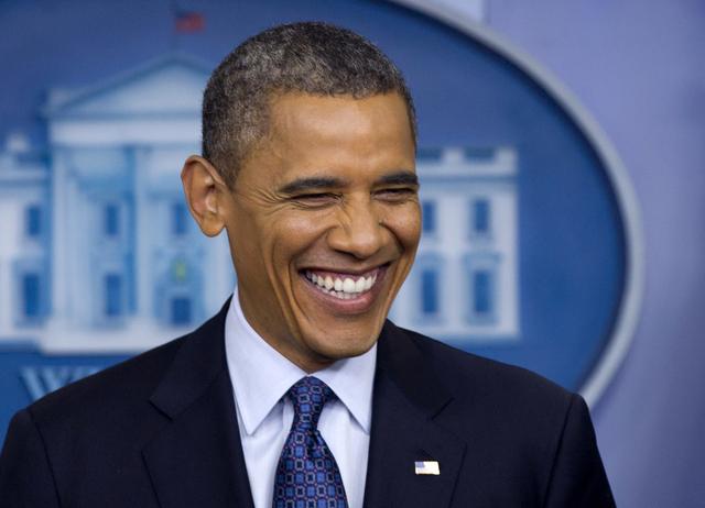El presidente Barack Obama y el candidato  republicano Mitt Romney mantienen una disputa por conseguir el mayor grupo de simpatizantes.