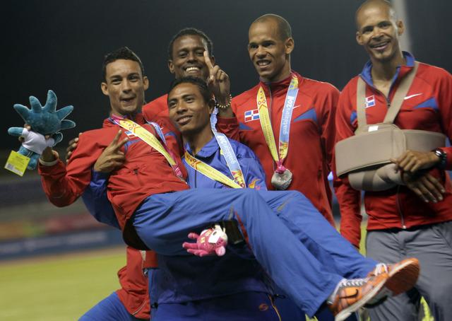 Atleta dominicano Santos se corona en Nueva York