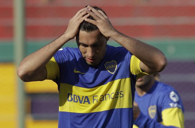 Juan Insaurralde, de Boca, lamenta no haber concretado un gol a Banfield en el partido disputado ayer.