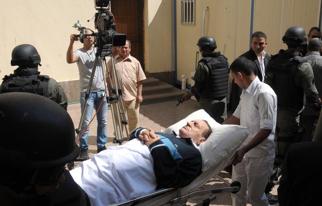 Confusión sobre estado de salud de Mubarak