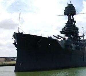 """Se inunda el """"Battleship Texas"""" (video)"""
