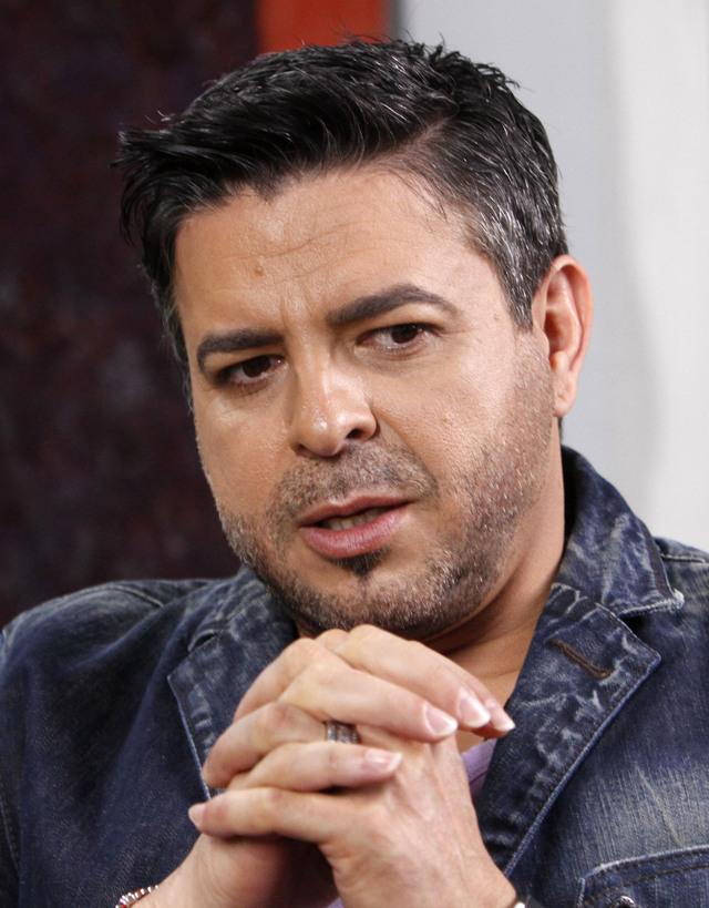 Asaltan al cantante Luis Enrique