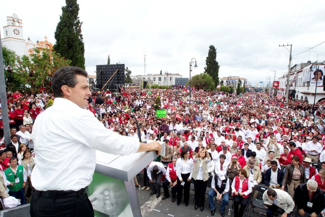 Peña Nieto amplía ventaja en sondeo