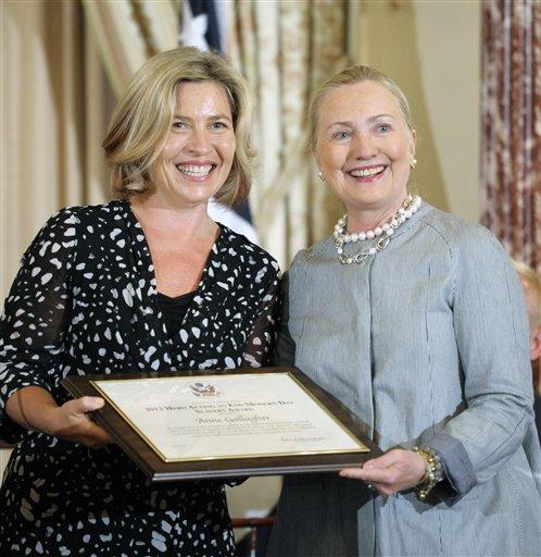 Clinton viajará a Rusia para analizar caso Siria