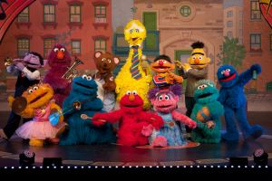 "Century Fox llevará al cine a ""Sesame Street"""