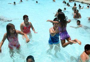 """""""Ameba come cerebros"""" mató a menor en 5 días; en Texas ordenan restricciones al uso de agua potable"""