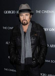 Debutará Billy Ray Cyrus en Broadway