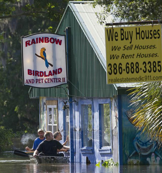 'Debby' se va de Florida tras dejar secuelas