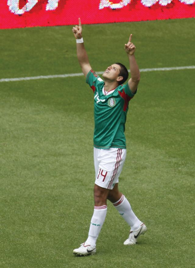 México no extrañará a 'Chicharito'