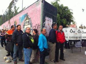 México comienza a decidir su futuro en las urnas (Fotos y Video)