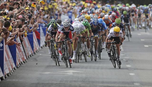 Mark Cavendish al podio