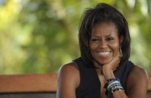 Michelle Obama conversará con madres hispanas en Florida