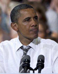 Denuncian que Obama ayudó a sacar empleos fuera de EEUU