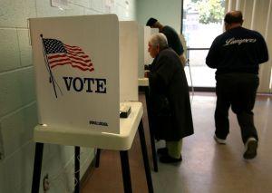 Votantes del Medio Oeste empatados entre Obama y Romney