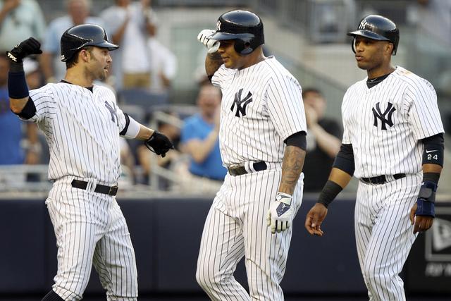 Yankees apoyan a CC con bateo oportuno