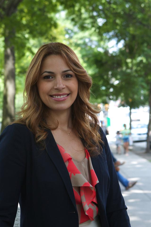 Mayra Linares, tras los pasos de su padre