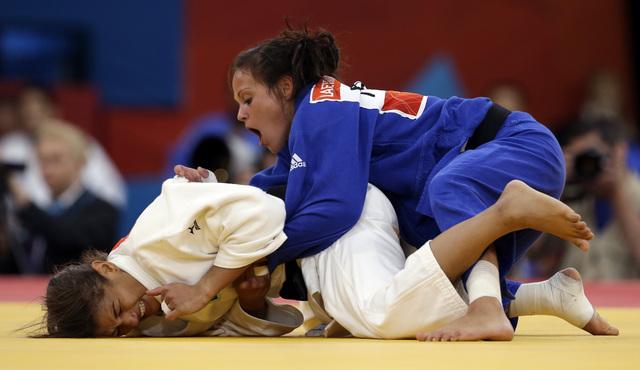 Judoca brasileña gana presea dorada