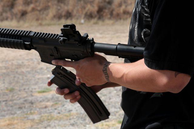 """Sicarios de Los Viagras graban brutal balacera contra los del CJNG de """"El Mencho"""" en Michoacán"""