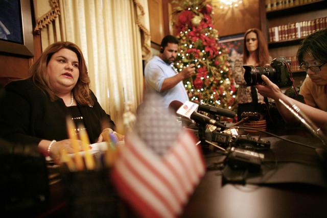 Legisladora boricua se niega a despedir a empleada racista