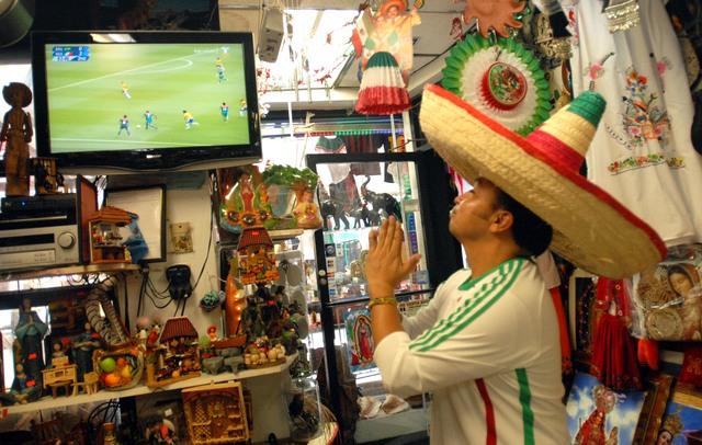 Mexicanos arden con la fiebre dorada