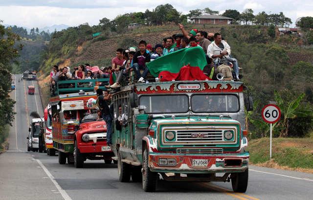 Indígenas exigen  retiro de militares de sus tierras