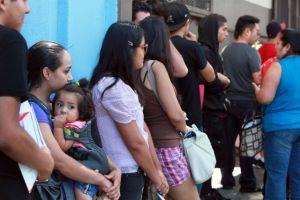 Estafan a inmigrantes que solicitan acción diferida