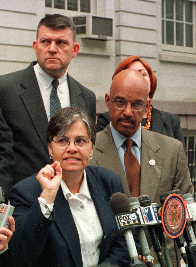 Margarita López se queda en NYCHA