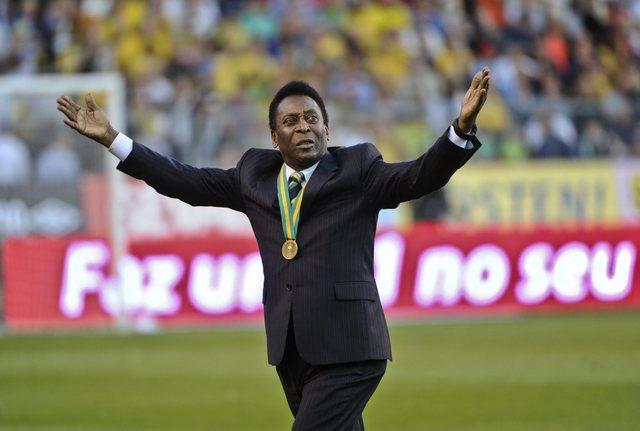'El Rey' Pelé retoma la ofensiva
