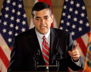 Congresista Rivera niega vínculos con campaña de excandidato