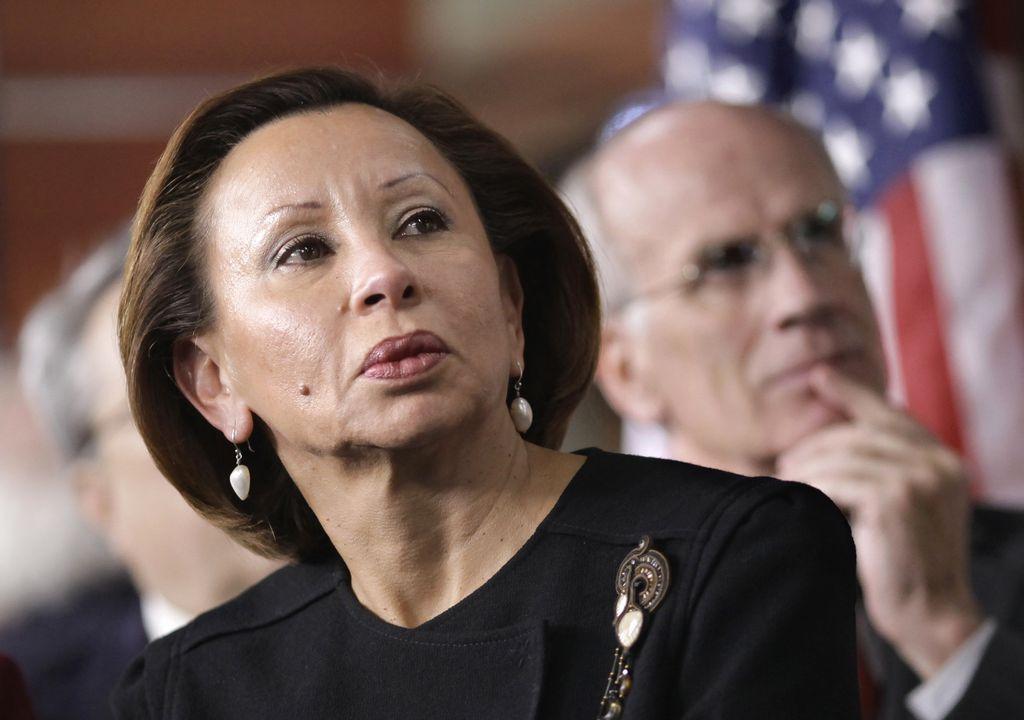 Congresista Velázquez pide que investiguen a NYCHA