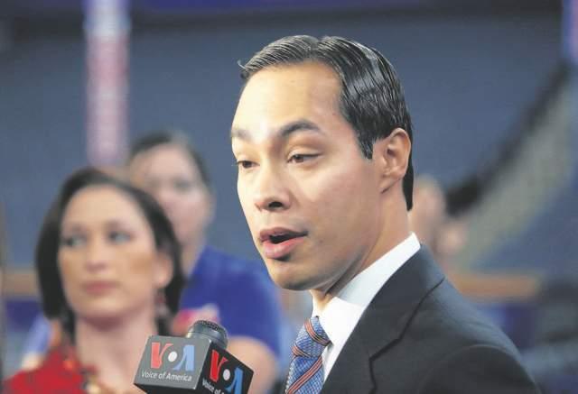 Julián Castro hace historia en Convención Demócrata