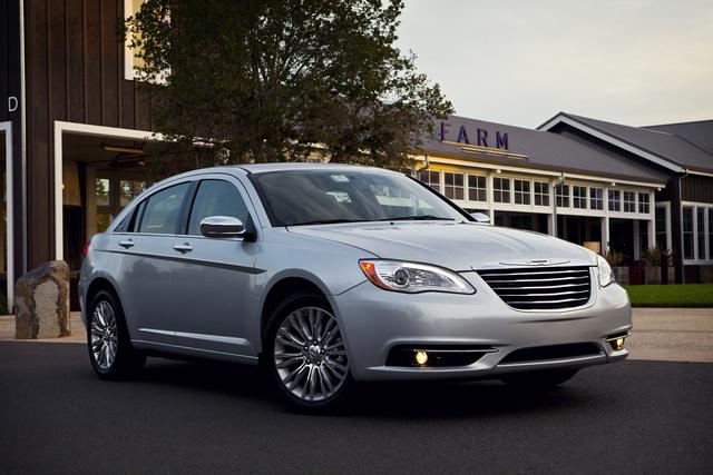 Chrysler 200 Limited es pura potencia