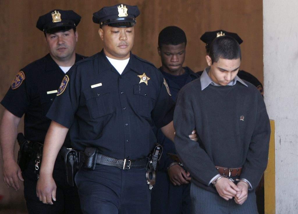 Alistan juicio de hispano por masacre de estudiantes en Newark