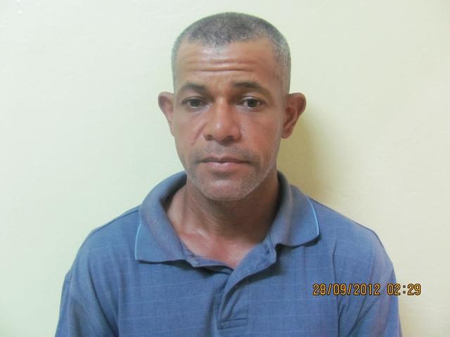 Apresan deportado  para extraditarlo a PR