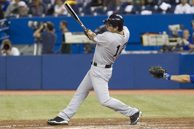 Yankees remontan y sigue empate en el Este