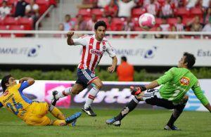 Chivas gana por primera vez como local