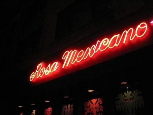 Demandan por discrimen a restaurantes Rosa Mexicano