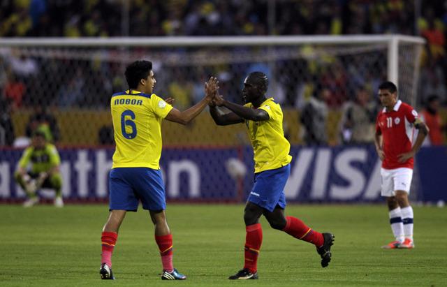 Argentina y Ecuador buscan afianzarse