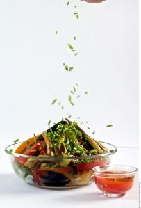 Ensaladas deliciosas y sin lechuga: Ensalada tibia de berenjena