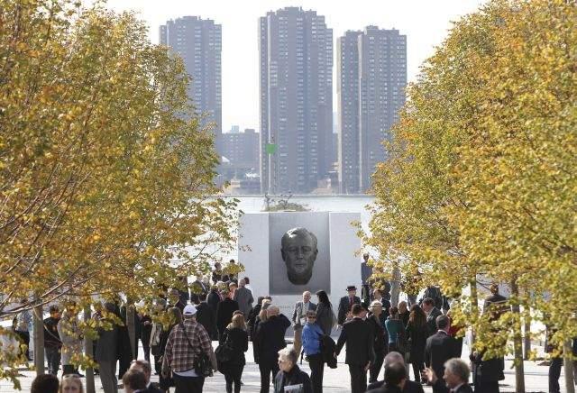 Inauguran en NY parque en memoria de Roosevelt (Fotos)