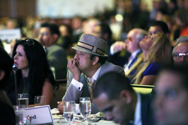 Paul Rodríguez apoya a Mitt Romney