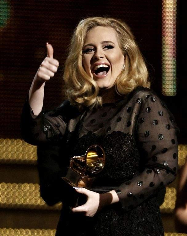 Adele dedicará próximo disco a su hijo (Fotos)